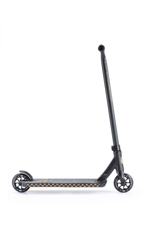 Blunt Envy COLT Series 4 Complete Pro Scooter Black and Gold