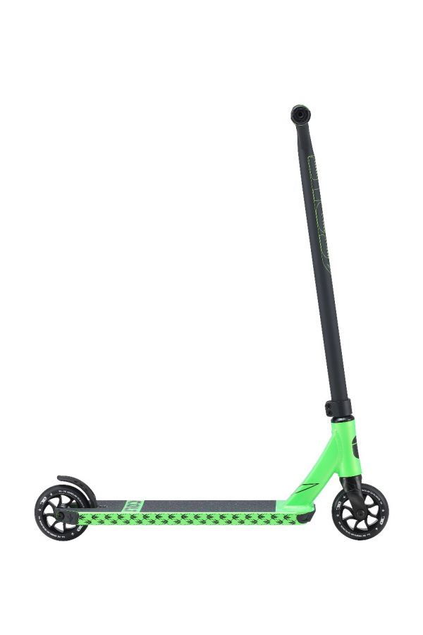 Blunt Envy COLT Series 4 Complete Pro Scooter Green and Black